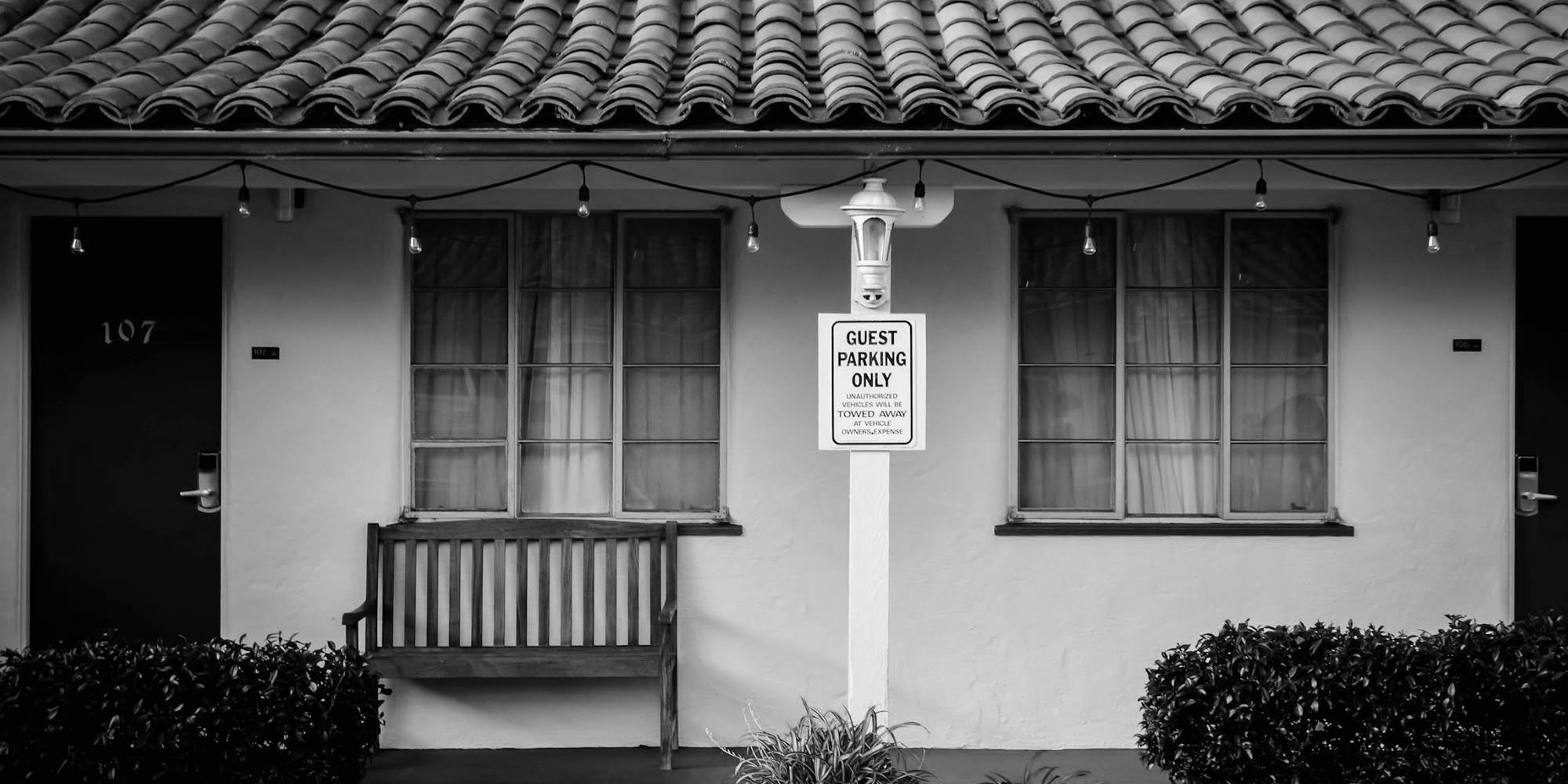 Americas Best Value Inn Berkeley - Hotel Entrance